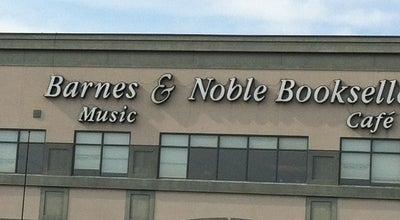 Photo of Bookstore Barnes & Noble at 624 S Green River Rd, Evansville, IN 47715, United States