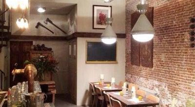 Photo of American Restaurant Bar Huf at Reguliersdwarsstraat 43, Amsterdam 1017 BK, Netherlands