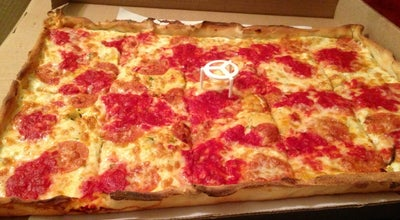 Photo of Italian Restaurant Rizzo's Fine Pizza at 3013 Steinway St, Astoria, NY 11103, United States