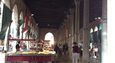 Photo of Fish Market Pescheria del Mercato di Rialto at Venice, Italy