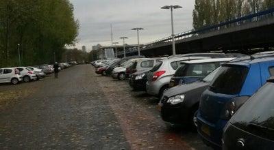 Photo of Parking P+R Parkeergarage Slinge at Slinge 763, Rotterdam 3086 EZ, Netherlands
