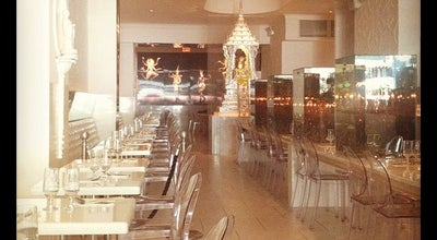 Photo of Asian Restaurant Qi Bangkok Eatery at 675 8th Ave, New York, NY 10036, United States