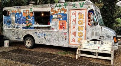 Photo of Food Truck Hono's Shrimp Truck at 66-472 Kamehameha Hwy, Hale'iwa, HI 96712, United States