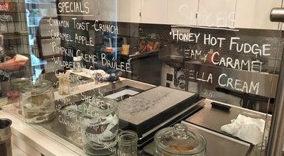 Photo of Ice Cream Shop Rori's Artisanal Creamery at 1024 Coast Village Rd, Montecito, CA 93108, United States