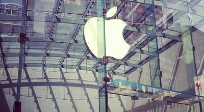 Photo of Electronics Store Apple Upper West Side at 1981 Broadway, New York, NY 10023, United States