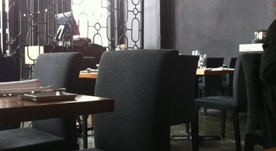 Photo of French Restaurant Les 400 Coups at 400 Notre Dame Est, Montreal, QC H2Y 1C8, Canada