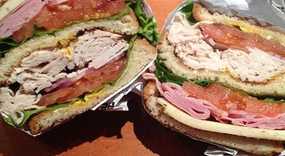 Photo of American Restaurant NYC Bagel Deli at 515 North Dearborn St, Chicago, IL 60654, United States