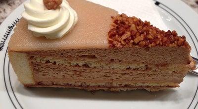 Photo of Dessert Shop Konditorei Heinemann at Martin-luther-platz 32, Düsseldorf 40212, Germany