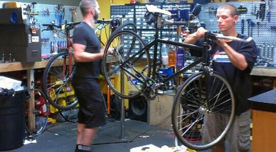 Photo of Other Venue Omnium Bike Shop at 520 Selby Ave, Saint Paul, MN 55102