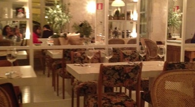 Photo of Restaurant Dray Martina at Calle Argensola N 7, Madrid 28004, Spain