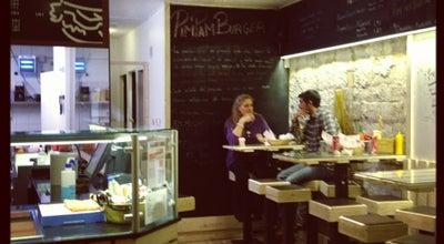 Photo of American Restaurant Pim Pam Burger at Carrer Del Sabateret 4, Barcelona 08003, Spain