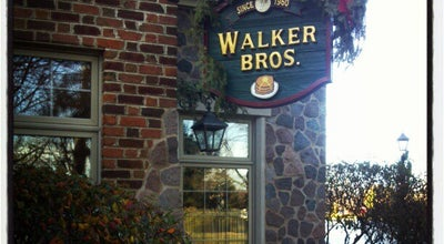 Photo of American Restaurant Walker Brothers at 200 Marriott Dr, Lincolnshire, IL 60069, United States
