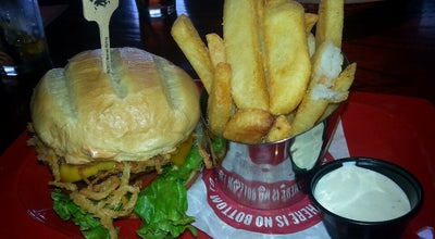 Photo of American Restaurant Red Robin Gourmet Burgers at 95 N Moorland Rd, Brookfield, WI 53005, United States