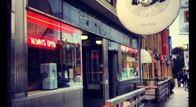 Photo of American Restaurant The Lakeview Restaurant at 1132 Dundas St W, Toronto M6J 1X2, Canada