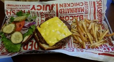 Photo of American Restaurant Smashburger at Zumbehl Rd. & Regency Pkwy, Saint Charles, MO 63303, United States