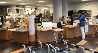 Photo of Library 和泉シティプラザ図書館 at いぶき野5-4-7, 和泉市, Japan