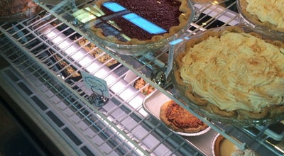 Photo of Restaurant Pacific Pie Company at 1668 Nw 23rd Ave, Portland, OR 97210, United States
