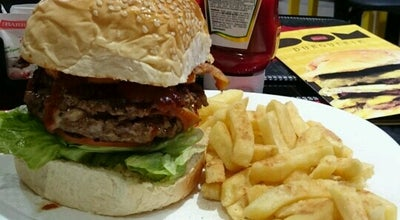 Photo of Burger Joint Dom Burgueria at R. Dom Silvério, 150, Contagem, Brazil