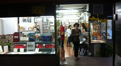 Photo of Bookstore Llibreria 22 at Hortes, 22, Girona 17001, Spain
