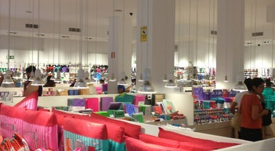 Photo of Gift Shop Tiger at C. Comtal, 32, Barcelona 08002, Spain