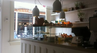Photo of Cafe Vinnies at Haarlemmerstraat 46 Hs, Amsterdam 1013 ES, Netherlands