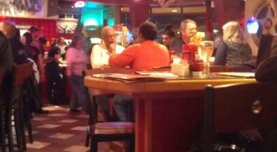 Photo of American Restaurant Red Robin Gourmet Burgers at 1002 Supermall Way, Auburn, WA 98001, United States