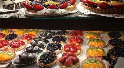 Photo of French Restaurant La Chatelaine French Bakery at 627 High St, Worthington, OH 43085, United States