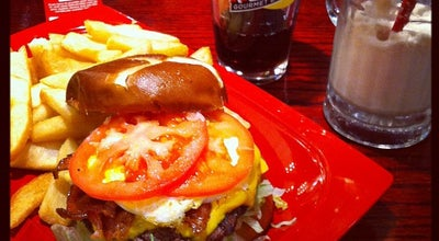 Photo of Burger Joint Red Robin Gourmet Burgers at 120 Woodfield Mall, Schaumburg, IL 60173, United States