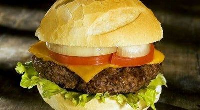 Photo of Burger Joint Madero Burger & Grill at R. Cdor. Araújo, 150, Curitiba 80420-000, Brazil