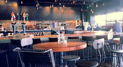 Photo of Italian Restaurant Stella barra pizzeria at 6372 Sunset Blvd, Los Angeles, CA 90028, United States