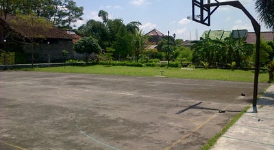 Photo of Basketball Court Lapangan Basket GTA at Perum Griya Taman Asri, Ngaglik, Indonesia