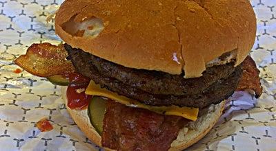 Photo of American Restaurant Retro Burger at 2428 Eglinton Ave E, Toronto M1K 2P7, Canada