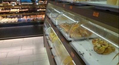 Photo of Bakery Simply Bakery at 70 Bayard St, New York, NY 10013, United States