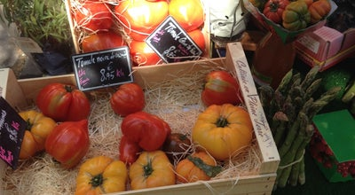 Photo of Farmers Market Au fond du jardin at Rue Des Martyrs, Paris, France