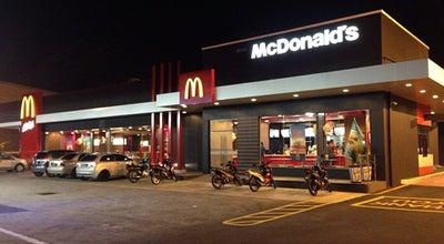 Photo of Burger Joint McDonald's / McCafé at Jalan Plumbum 2-7/2, Shah Alam 40000, Malaysia