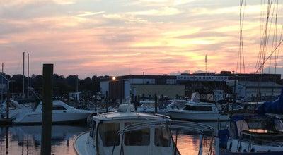 Photo of American Restaurant Captain Scott's Lobster Dock at 80 Hamilton St, New London, CT 06320, United States
