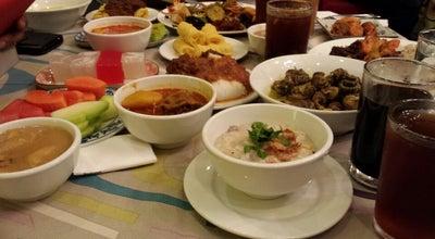 Photo of Asian Restaurant Restoran Bunga Kantan at Lorong Maarof, Kuala Lumpur 59100, Malaysia