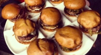 Photo of American Restaurant Umami Burger at 1520 North Cahuenga Boulevard, Los Angeles, CA 90028, United States