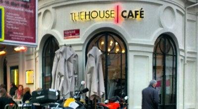 Photo of Cafe The House Café at Teşvikiye Caddesi No: 146 Teşvikiye, İstanbul, Turkey