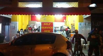 Photo of Burger Joint Hamburguer da Praça at R. Jaú 119, Vespasiano 33200-000, Brazil