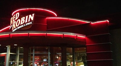 Photo of American Restaurant Red Robin Gourmet Burgers at 7029 E State St, Rockford, IL 61108, United States