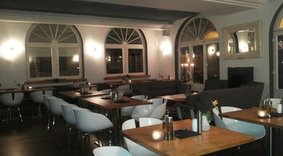 Photo of Italian Restaurant L'autentico at Grinzinger Allee 30, Wien 1190, Austria