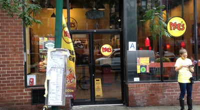 Photo of Mexican Restaurant Moe's Southwest Grill at 367 3 Rd Ave, New York, NY 10016, United States