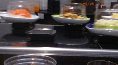 Photo of Japanese Restaurant Yummy Sushi at Place Vaucanson, Grenoble, France