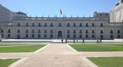 Photo of Government Building Palacio de La Moneda at Av. Libertador Bernardo O'higgins, Santiago, Chile