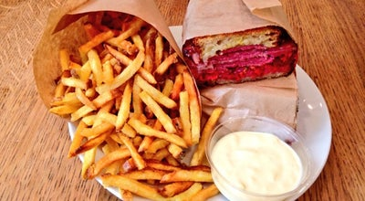 Photo of American Restaurant Frenchie To Go at 9 Rue Du Nil, Paris 75002, France