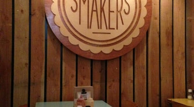 Photo of American Restaurant Meneer Smakers at Nobelstraat 143, Utrecht 3512 EM, Netherlands