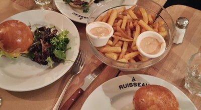Photo of American Restaurant Le Ruisseau at 65 Rue Du Ruisseau, Paris 75018, France