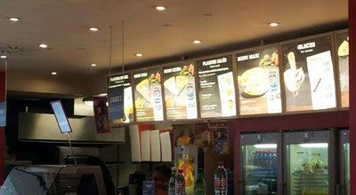 Photo of Pizza Place Pizza Hut at Aéroport Paris-charles De Gaulle (cdg), Tremblay-en-France 93290, France