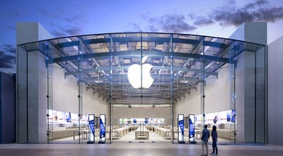 Photo of Electronics Store Apple Third Street Promenade at 1415 Third Street Promenade, Santa Monica, CA 90401, United States
